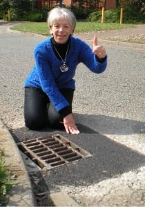 Pothole fixed on Lichfield Down
